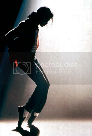 michael jackson on his toes